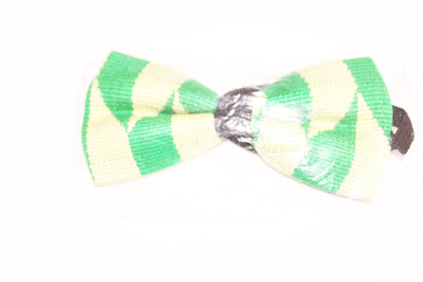 Green and cream kente bow tie