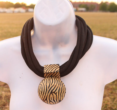 Brown beige choker statement necklace