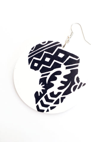 Wooden africa - white earrings