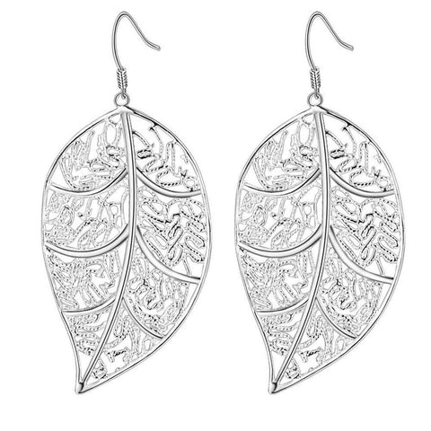 Silver detailed leaf earrings