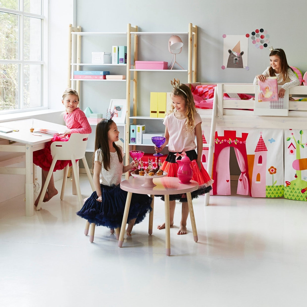 Flexa Kindertisch PLAY in rosa bei KidsWoodLove
