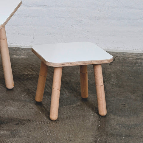 Pure Position Hocker für Kindertisch Growing Table in weiss bei KidsWoodLove