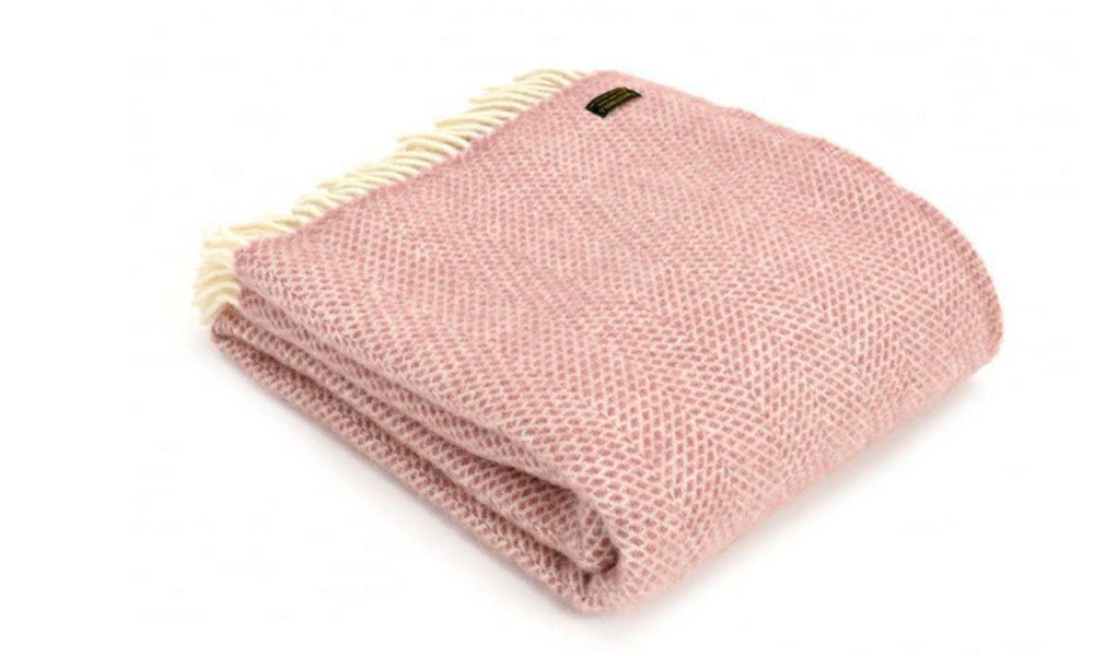 Pure New Wool Dusty Pink Throw