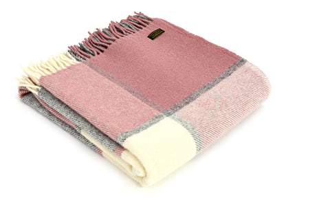 Pure New Wool Throw Raspberry