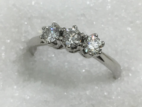 9ct 3 Stone Diamond Ring TDW .60ct