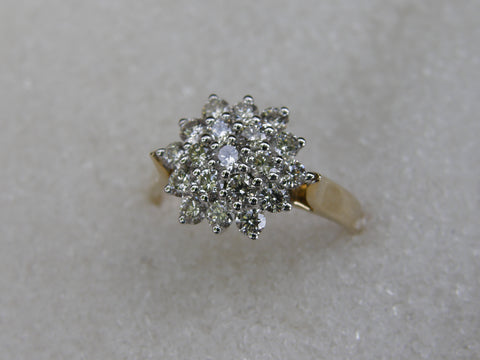 9ct Cluster Diamond Ring TDW 1.0ct