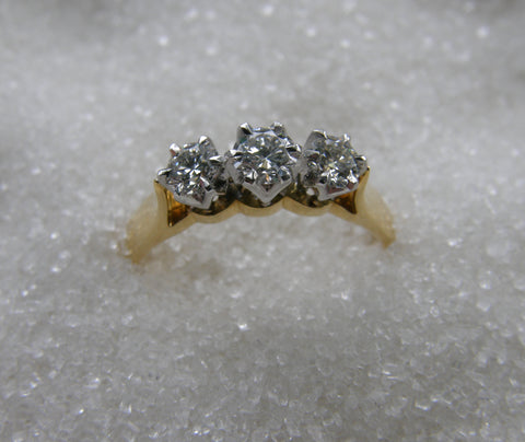 9ct 3 Stone Diamond Ring TDW .50ct