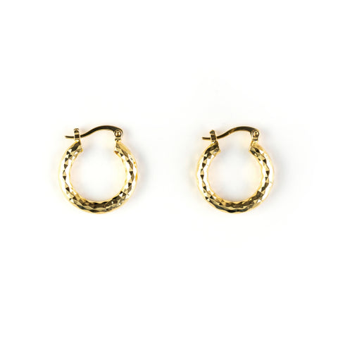 How to Maintain Small Hoop Earrings