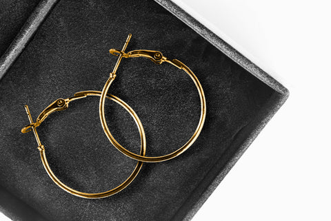 How to Store Small Hoop Earrings