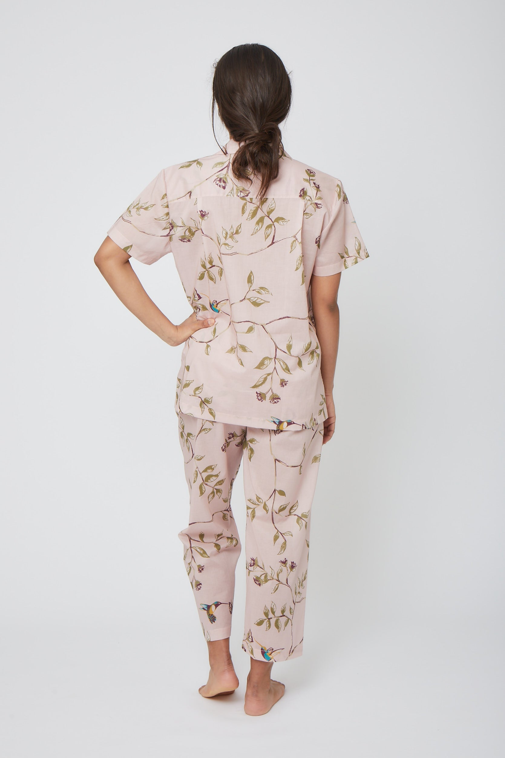 Short Sleeve Hummingbird Pajama Set with Cropped Pants