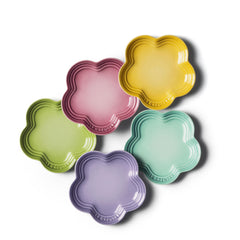Le Creuset Stoneware Mini Flower Appetizer Plates - Set of 5 - Kitchen Smart