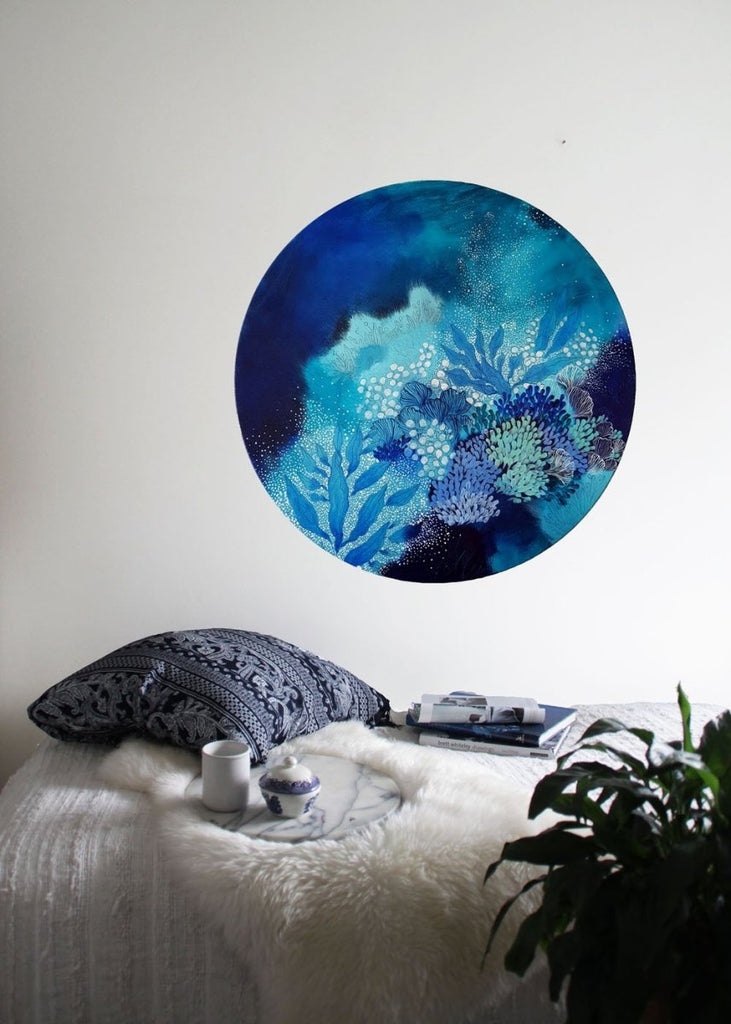 Navy Blue turquoise and white painting inspired by organic forms and the ocean. 50 cms Round painting - Artista Style
