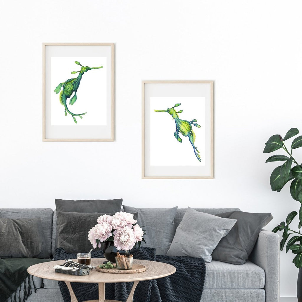 SET OF 2 ART PRINTS WEEDY SEADRAGONS - Artista Style