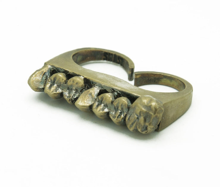 Cadavar Tooth Double Finger Ring