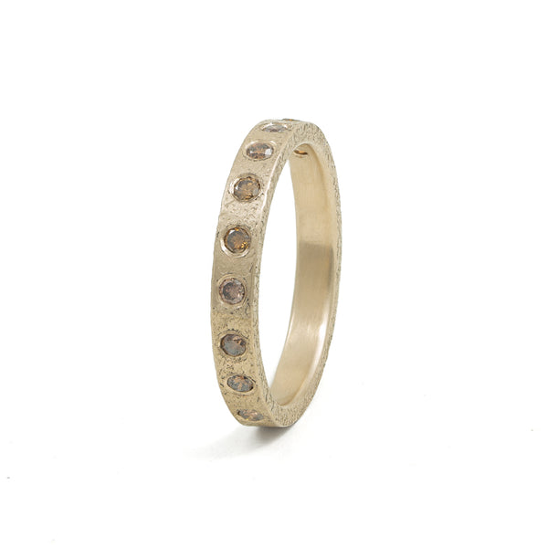 Women's 14K Gold 3mm Rustic Band with Flush Set Brown Diamonds - Hozoni Designs
