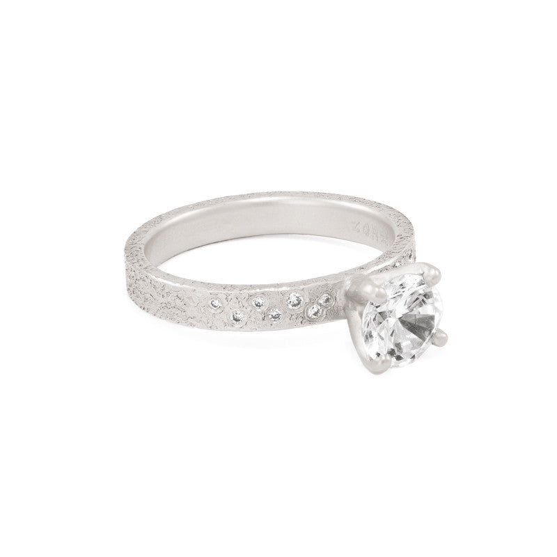 engagement rings marquise w image shows round ring with cut diamond tacori this diamonds the a c setting side brilliant