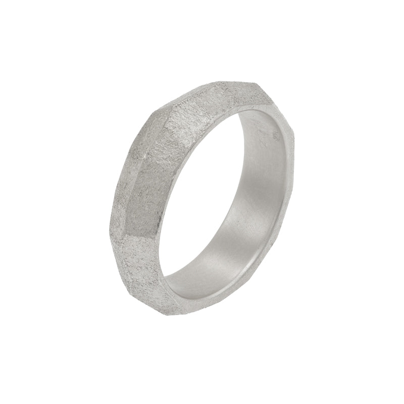 Men's 14K Gold Faceted Band