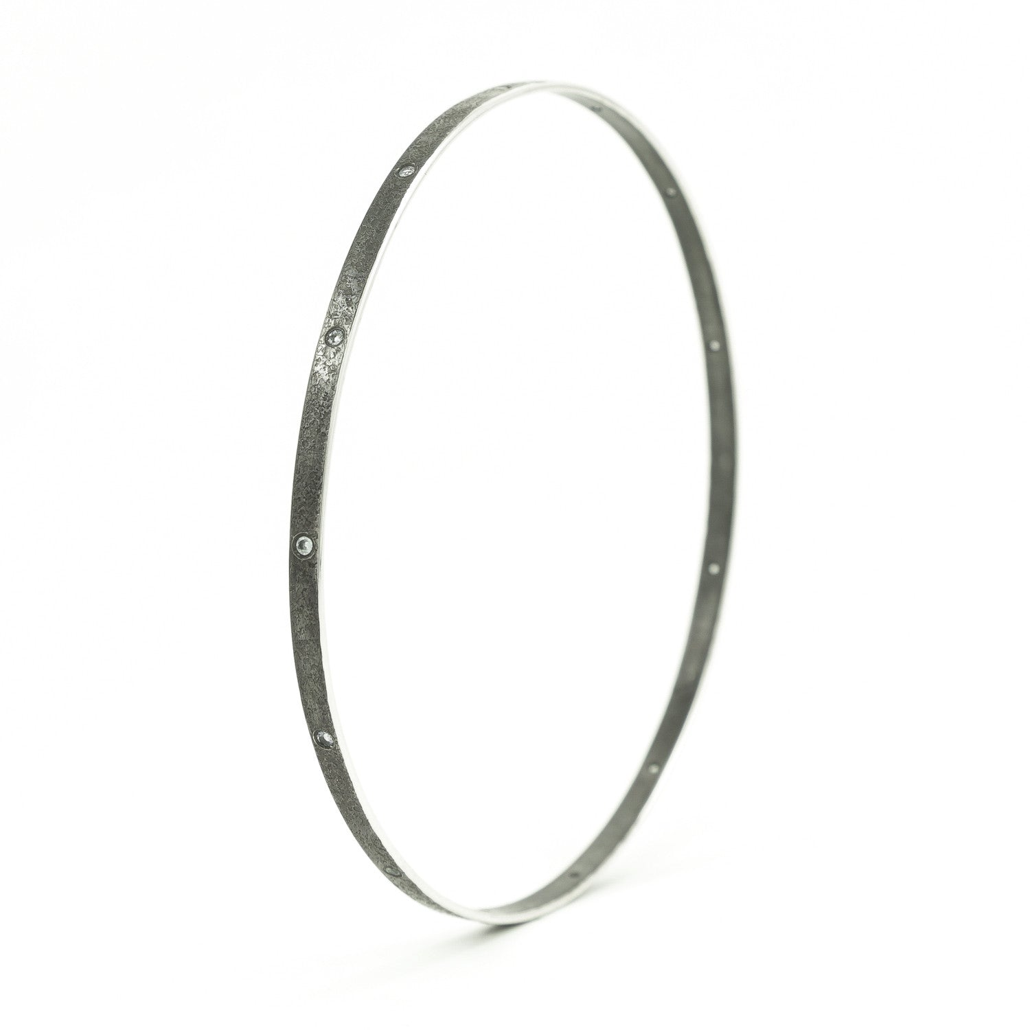 bangles metallic thin lyst hinged product in bracelet bracelets kors michael silver oval jewelry bangle gallery