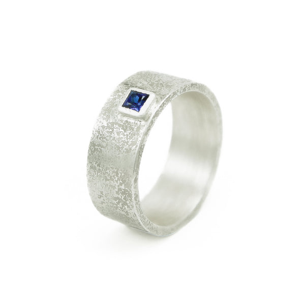 Men's Sterling Silver Rustic Band with Princess cut Sapphire - Hozoni Designs