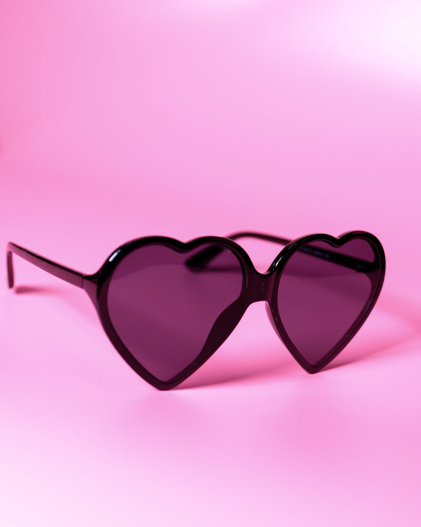 Maggie Heart Sunglasses - Black
