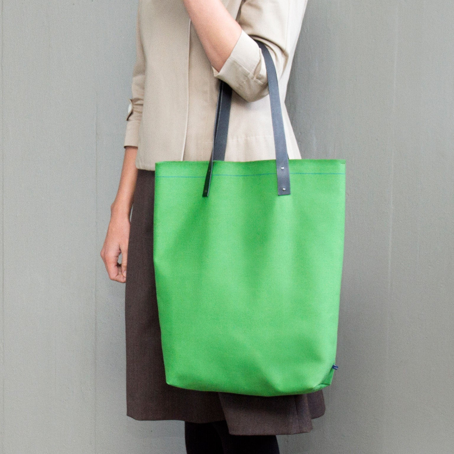 HARPER Tote Bag - apple green