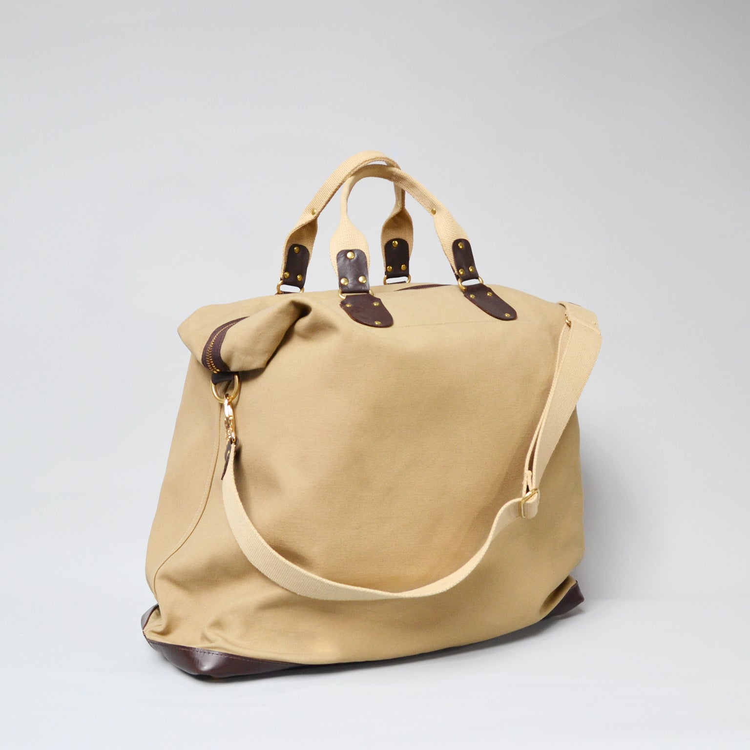 FLORES <br/> Canvas/Leather Satchel <br/> Camel