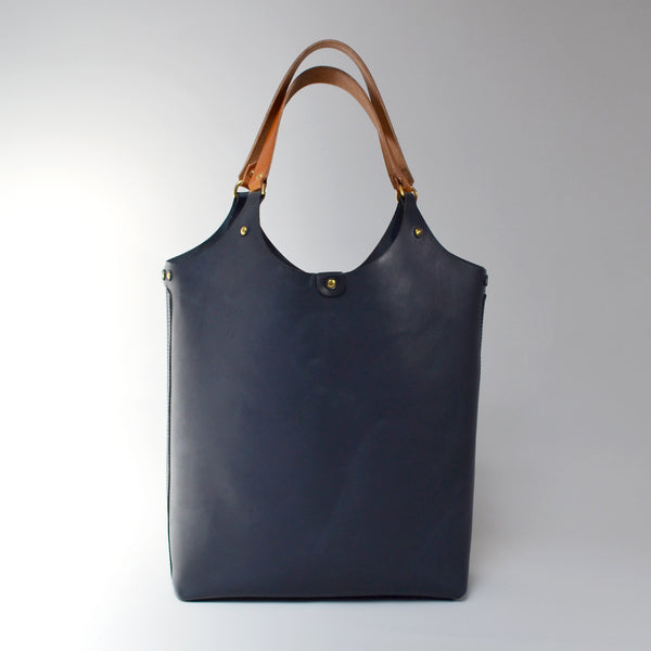 MARY <br/> Leather Tote Bag <br/> Navy