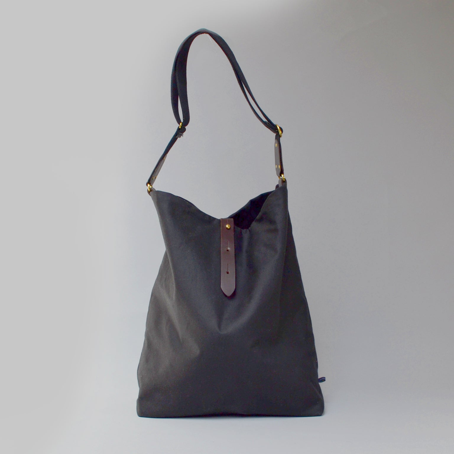 NOVA <br/> Waxed Tote Bag <br> Black