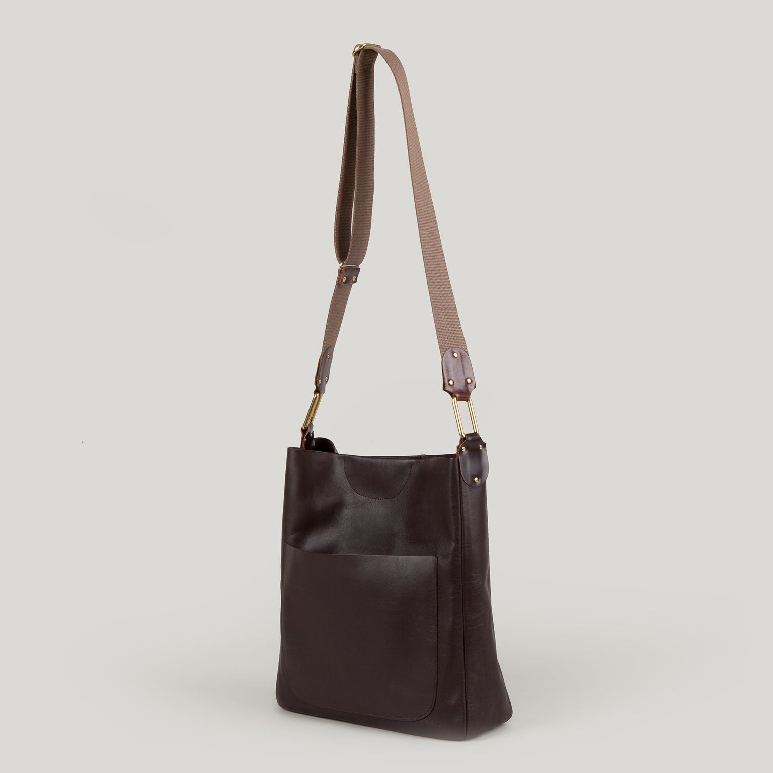 CELESTE <br/> Calf Skin Shoulder Bag <br/> Chestnut