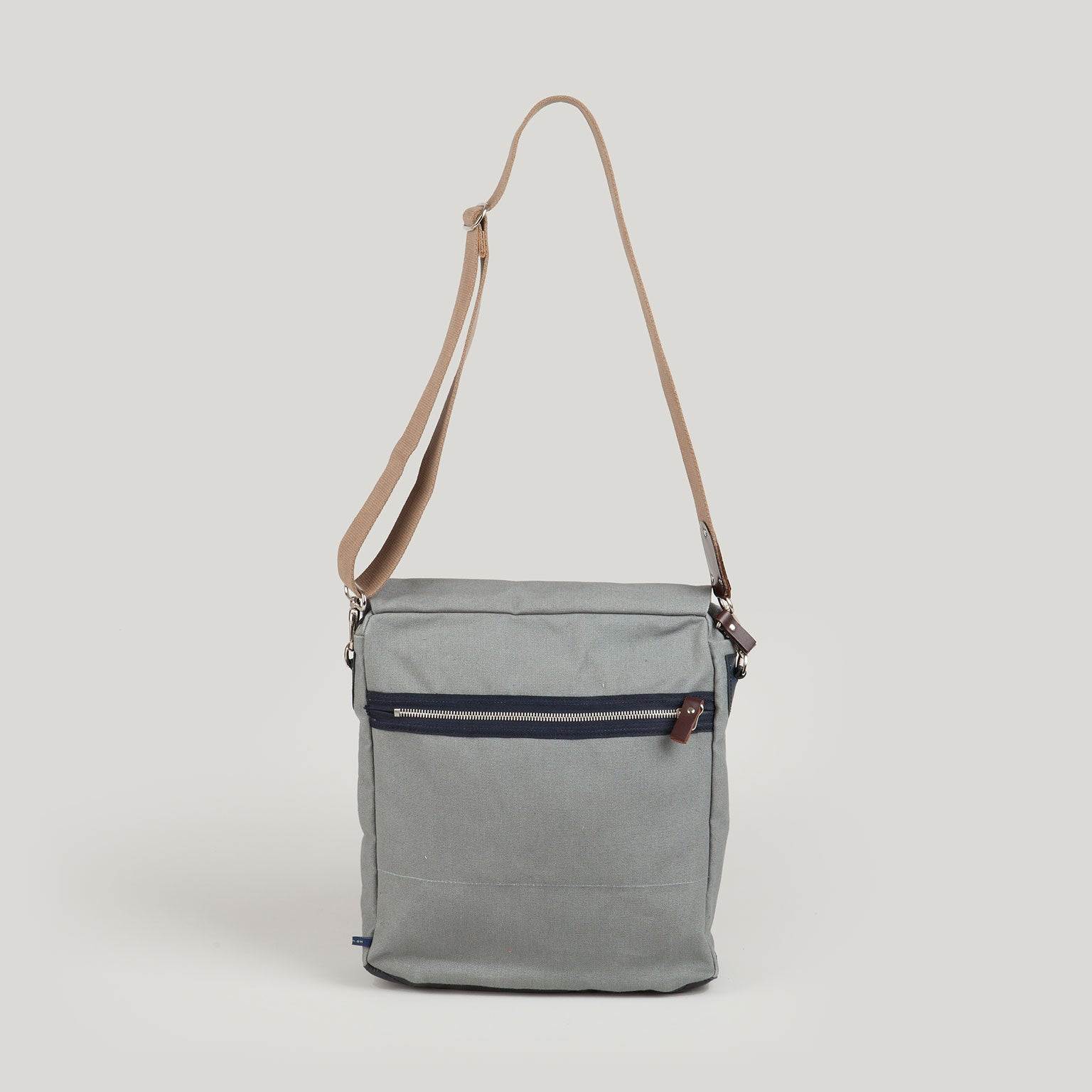 SAM Shoulder Bag <br/> Grey