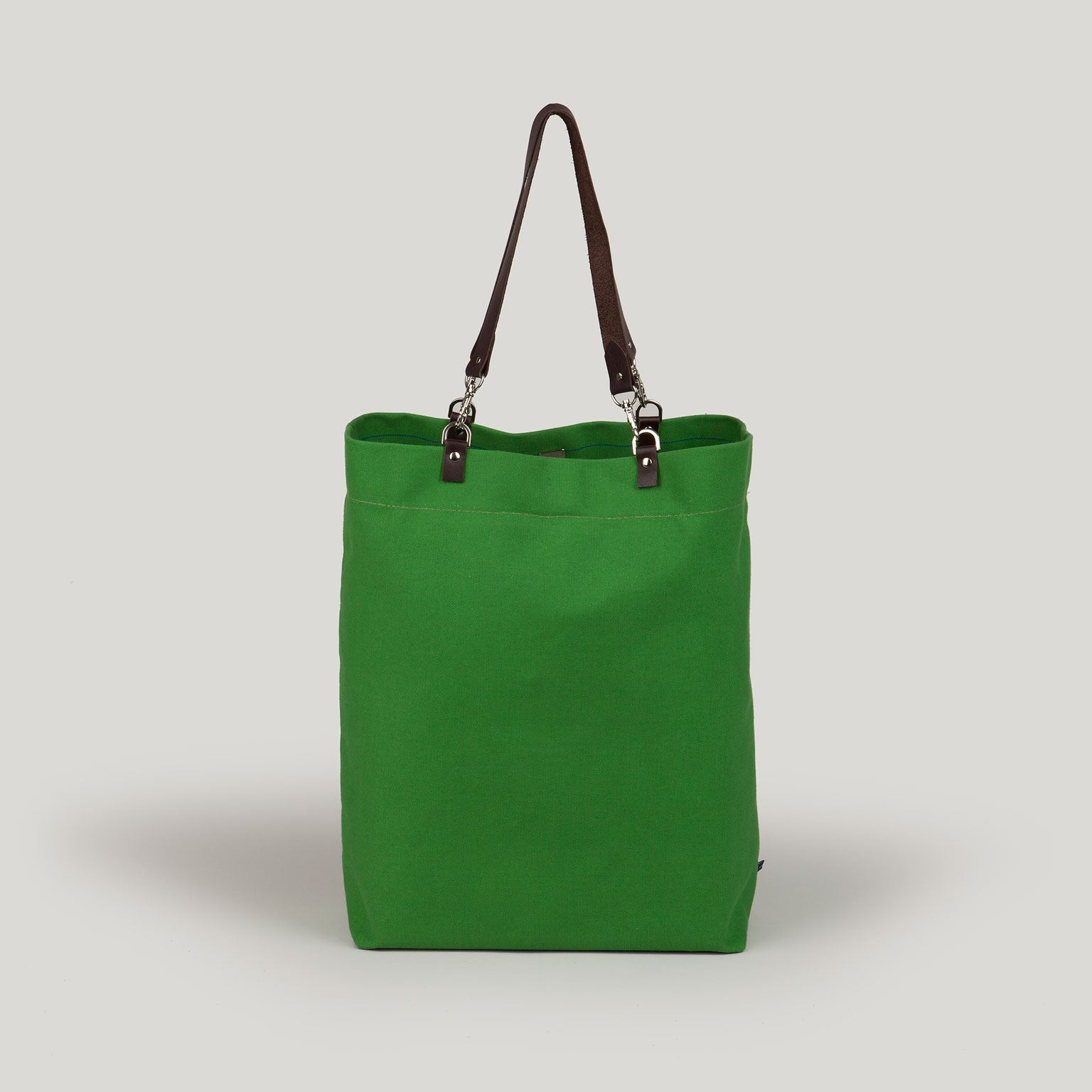 AVA tote - apple green