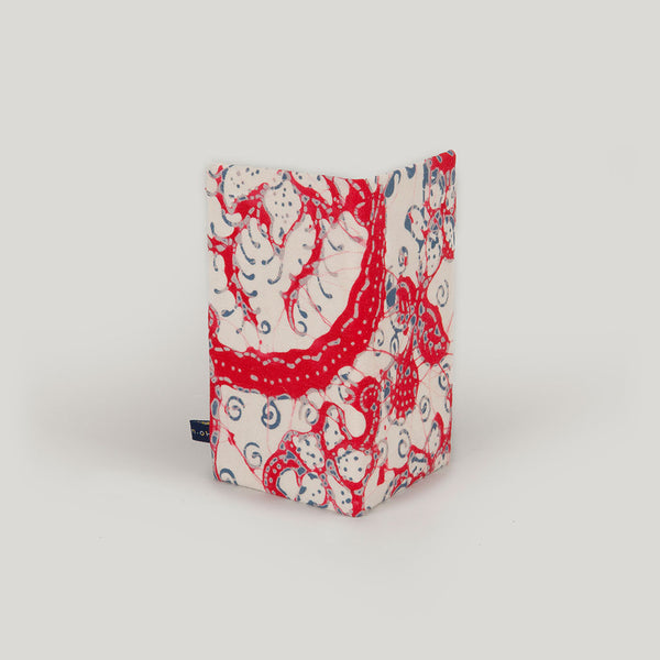 Travel Wallet Marbled Batik - red & cream