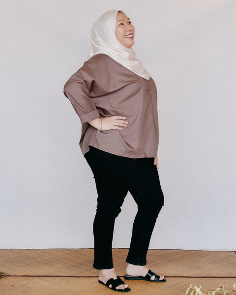 Adria Top in Brown