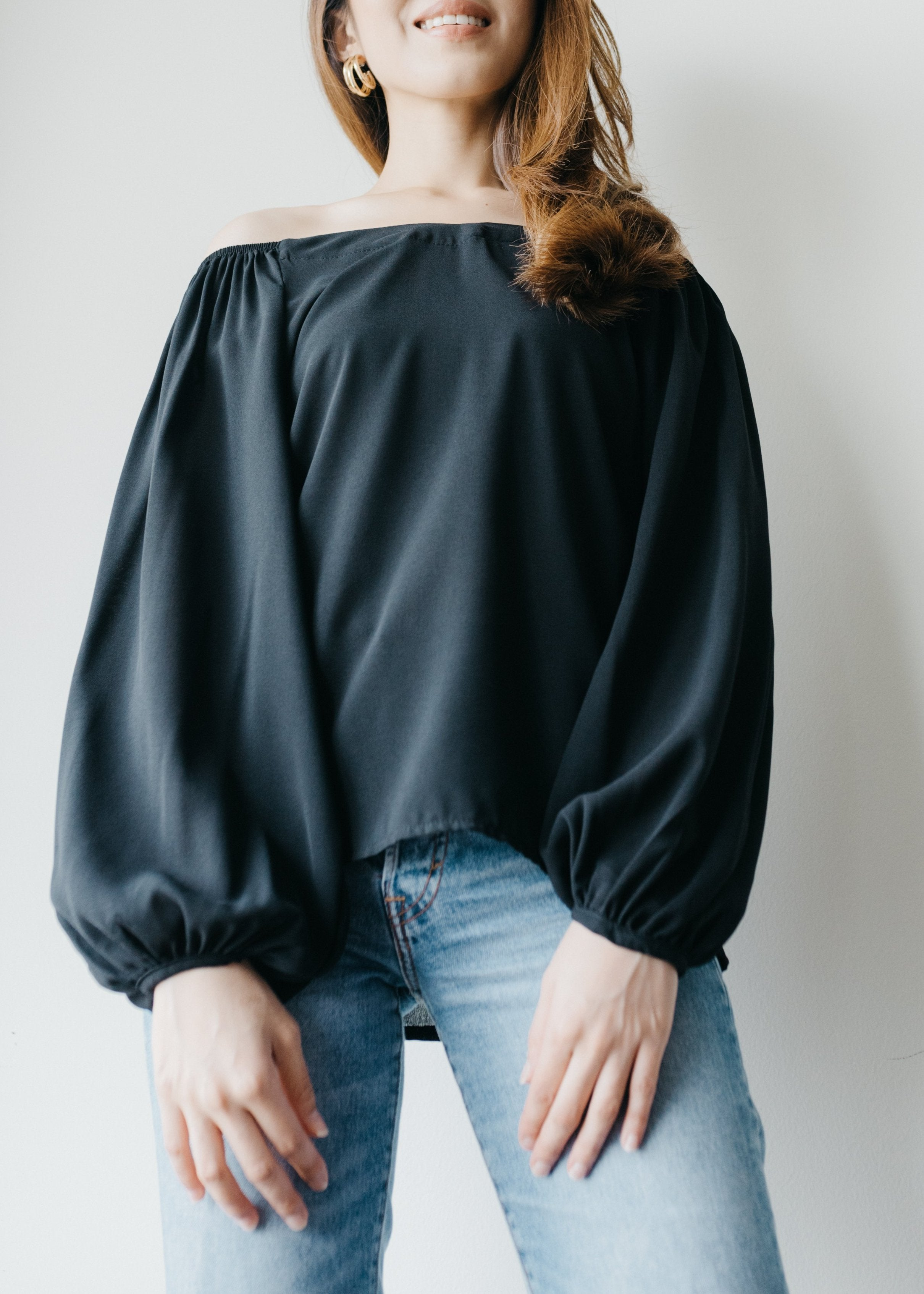 Elena Off Shoulder Top in Black
