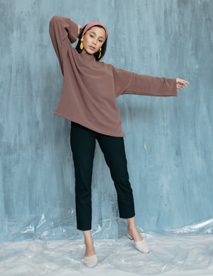 Poppy Top in Oak Brown
