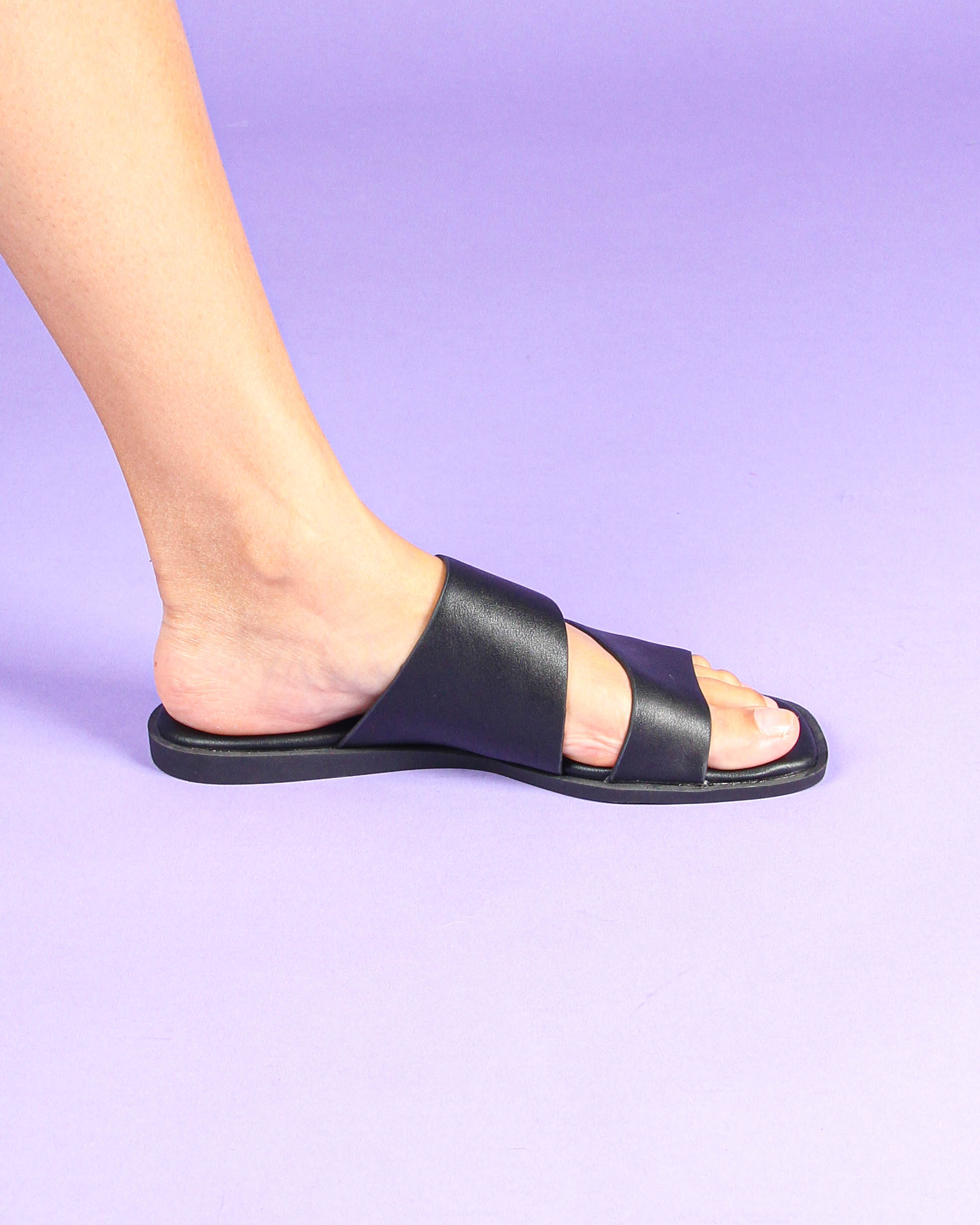 Duo Strappy Sandals in Black