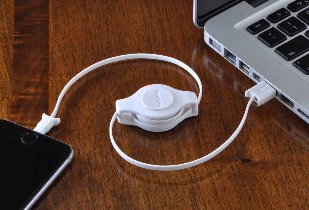 apple certified retractable charge and sync cable lightning to usb