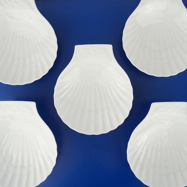 Set of Shell Dishes