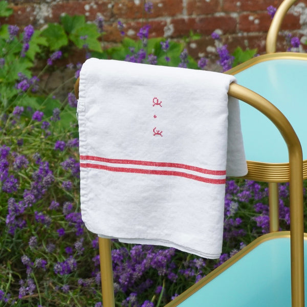 French Tablecloth with Red Stripe - Blue Bowl