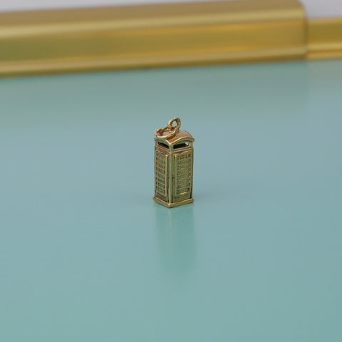 English Phone Box Gold Charm
