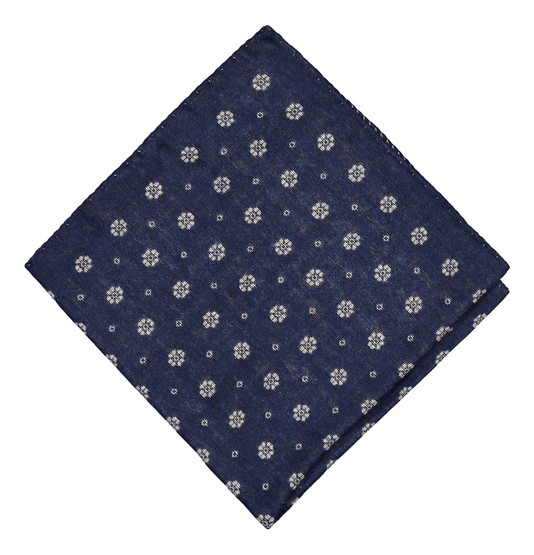 Wintery wool-silk pocket square in blue (4300607619134)