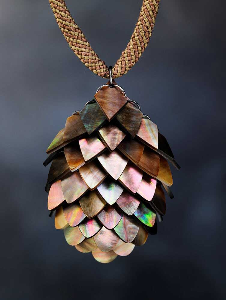 Black mother of pearl pendant - Millicent Bradbury