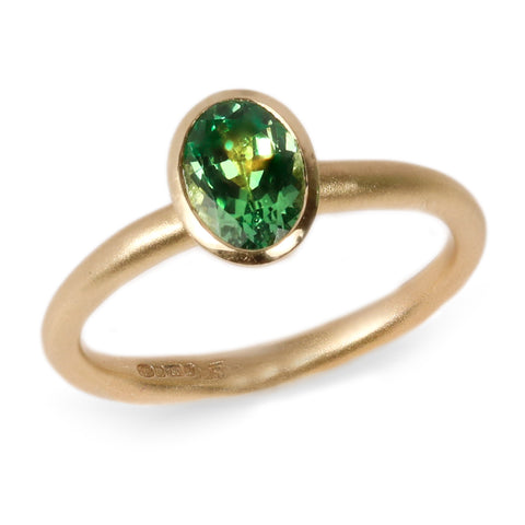 18ct Fairtrade Yellow Gold Ring Set With an Oval Tsavorite