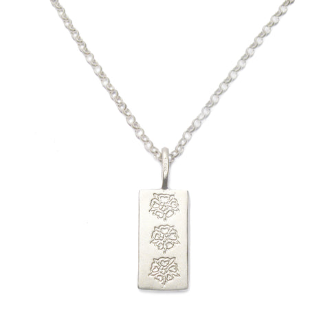 Bespoke - Silver Pendant With Personalised Family Crest