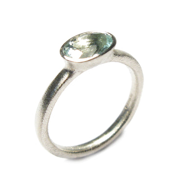 Oval Aquamarine and 9ct White Gold Ring