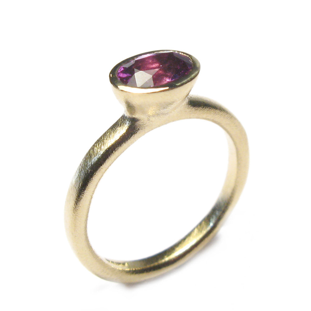 Diana Porter contemporary pink sapphire yellow gold engagement ring