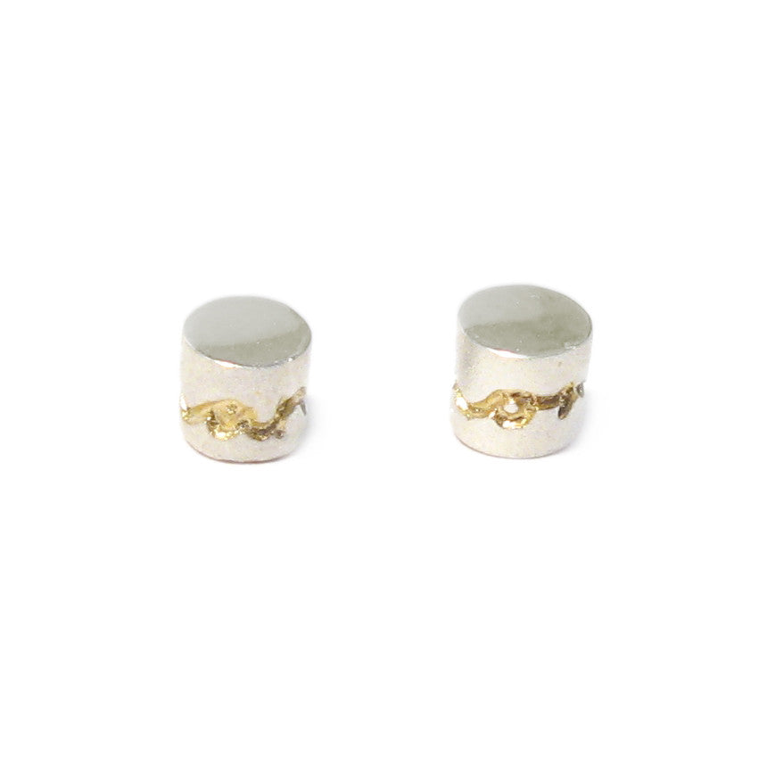 Diana Porter Contemporary Jewellery Frosted bead earring etched in gold