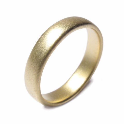 Plain 18ct Yellow Gold Mid-Width Ring