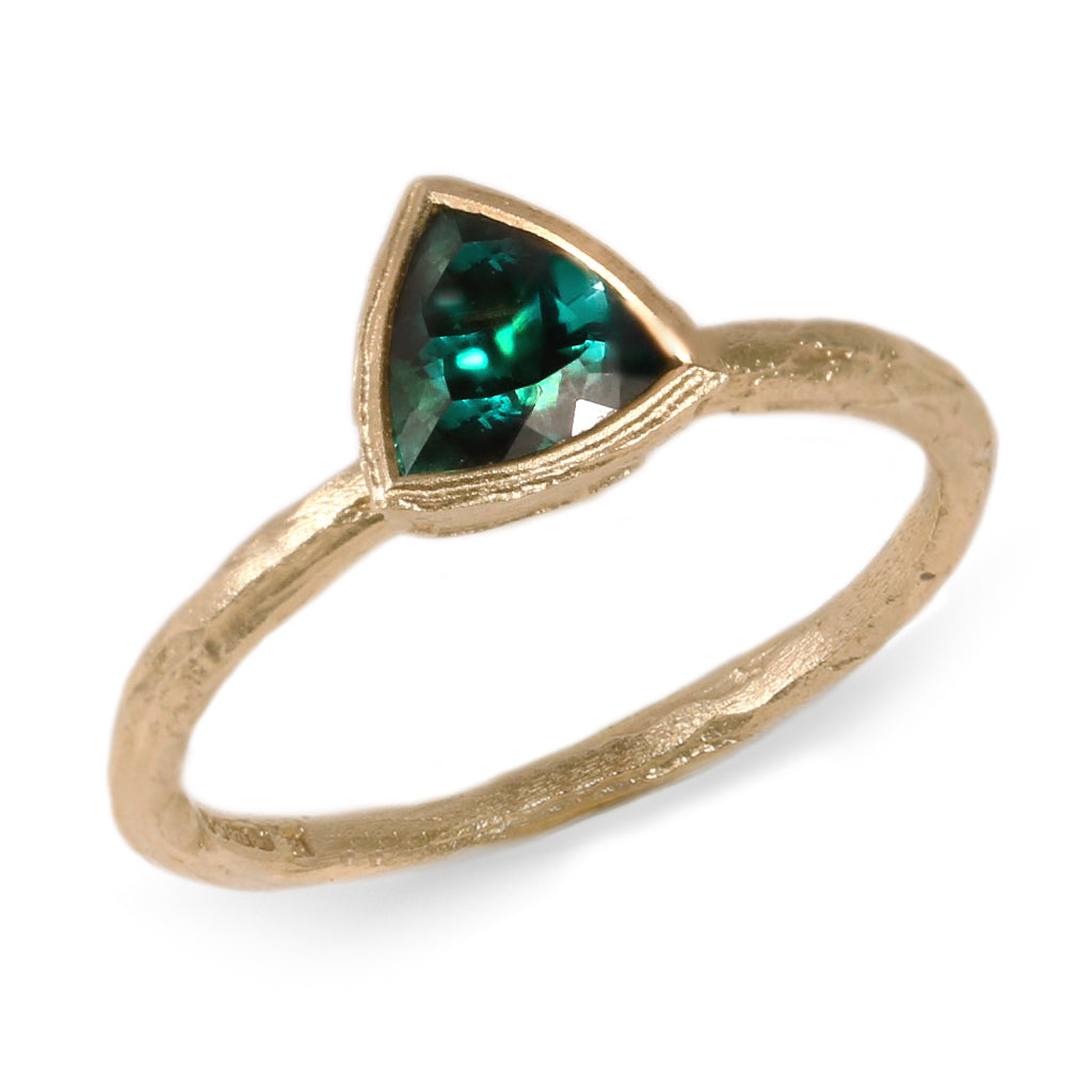 9ct Yellow Gold Ring with Trillion Cut Green Tourmaline