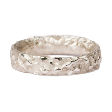 Mid-width 9ct White Gold 'Molten' Ring